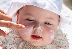 Solkräm på baby