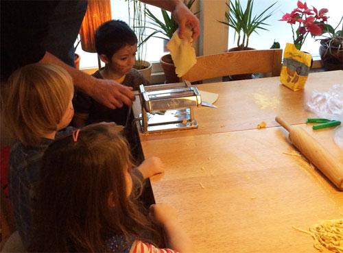 pastabak-med-barnen